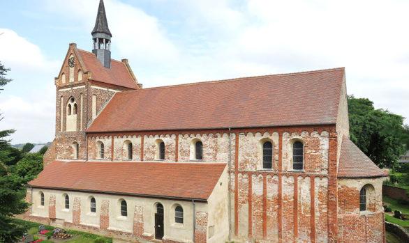 St. Nikolaus-Kirche Beuster